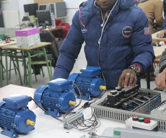 Electricidad / Electrónica (ELE)