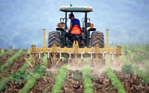 Trabajo decente y sociedades más justas